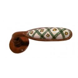 Maniglia per porta in ferro battuto con ceramica lavorata a mano